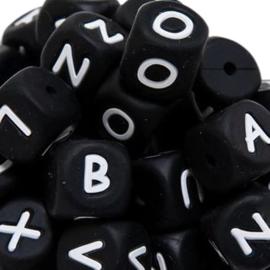 Siliconenkraal kubus Zwart 12mm A-Z