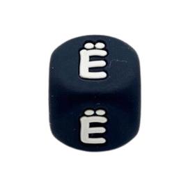 Siliconenkraal kubus Zwart 12mm Ë