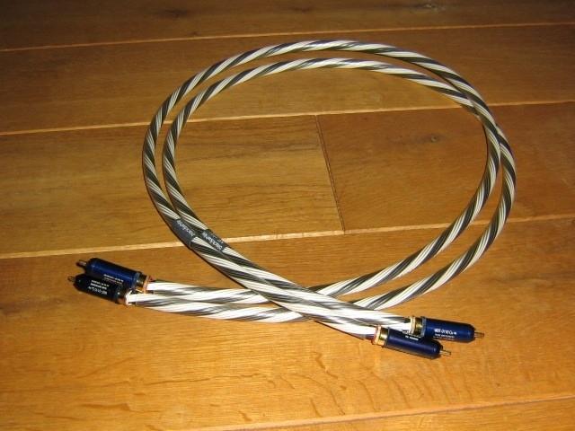 Inakustik - Black & White NF 1202 WBT 0110Cu RCA 1,2 meter