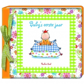 Baby`s eerste jaar - Pauline Oud