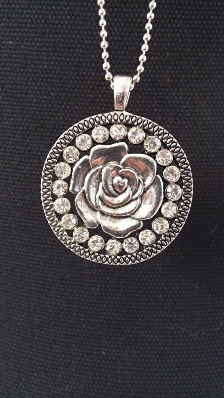 Ketting Rose