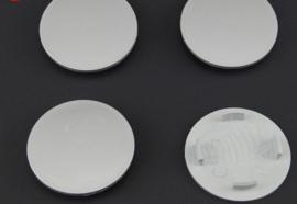 Set van 4 zilvergrijze naafdoppen, buitenmaat 61,5 mm en klemmaat 48 mm