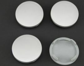 Set van 4 zilvergrijze naafdoppen, buitenmaat doorsnede 55 mm en klemmaat 50 mm