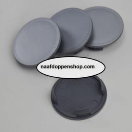 Set van 4 zilvergrijze naafdoppen, buitenmaat doorsnede 55 mm en klemmaat 49 mm