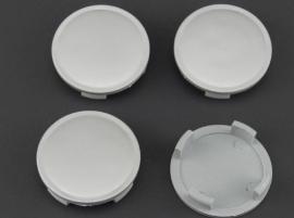 Set van 4 zilvergrijze naafdoppen, buitenmaat 57,5  mm en klemmaat 53,5 mm