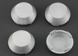 Set van 4 hoge zilvergrijze naafdoppen, buitenmaat 60 mm en klemmaat 55,5 mm