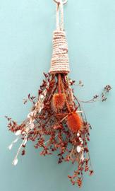 Droogbloemen hanger Oranje Distel