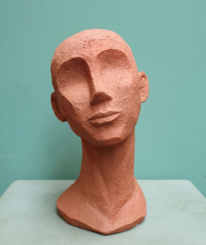 Hoofd terracotta 27 cm