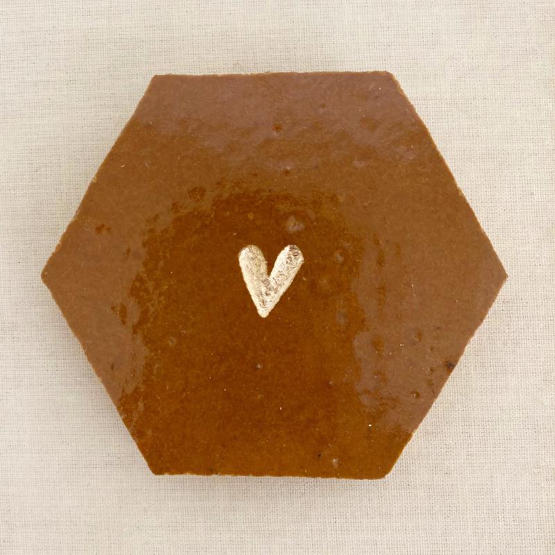 Tegeltje tegeltje aan de wand - hartje goud op karamel