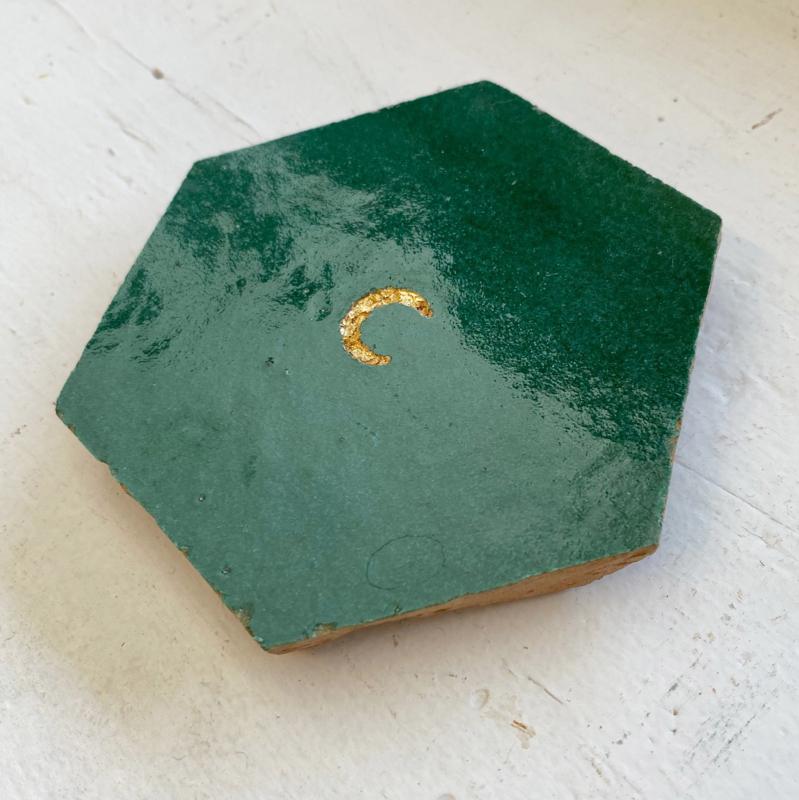Tegeltje tegeltje aan de wand - maan goud op groen