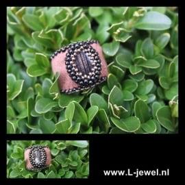 Beadwork ring brown/gold