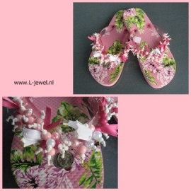 Teenslippers bloem roze maat 38