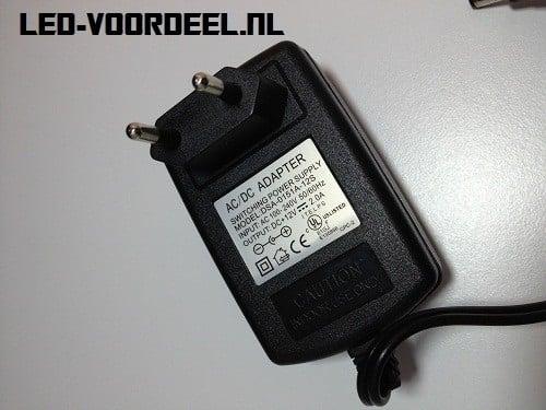 Voedingsadapter 12V/2A max. 24 Watt
