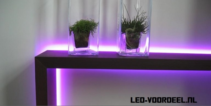 RGB led verlichting in opmars