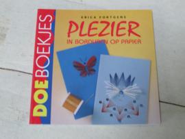 DOEboekje, plezier met borduren op papier