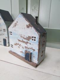 Huis van oud hout, blauw, 20 cm