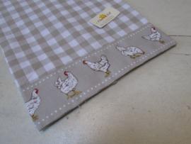 Theedoek Little chicken  beige 50x70 cm