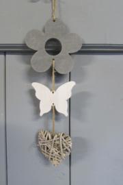 Bloem/vlinder/ rieten hartje