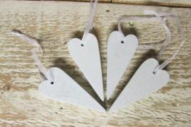 4 hartjes van 6 cm wit