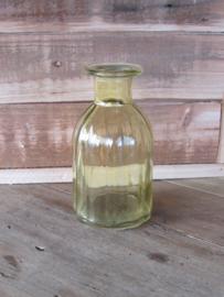Vaasje geel  (het flesmodel) 14 cm