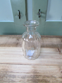 Vaasje van glas 10,5x5 cm