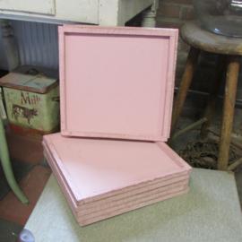 Houten onderbord 31 cm roze