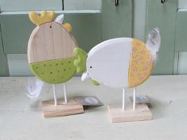 Kip en haan van hout, geel/groen 19 cm (per stel)