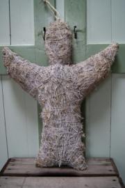 Engel van hooi met zilverdraad 47 cm hoog