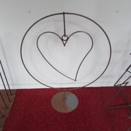 Frame cirkel met hart 50 cm