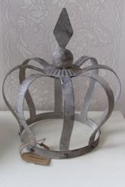 Kroon  van metaal, zink 31cm hoog