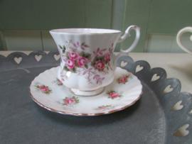Royal Albert kop en schotel, Lavender Rose
