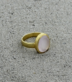 Clear Cove ring rose chalcedony / rozenkwarts