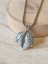 Medaillon hart  met vleugels / ashanger / gedenkhanger