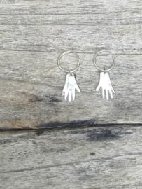 oorbellen zilver handjes