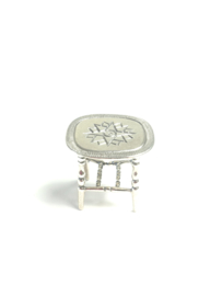 Miniatuur tafeltje poppenhuis