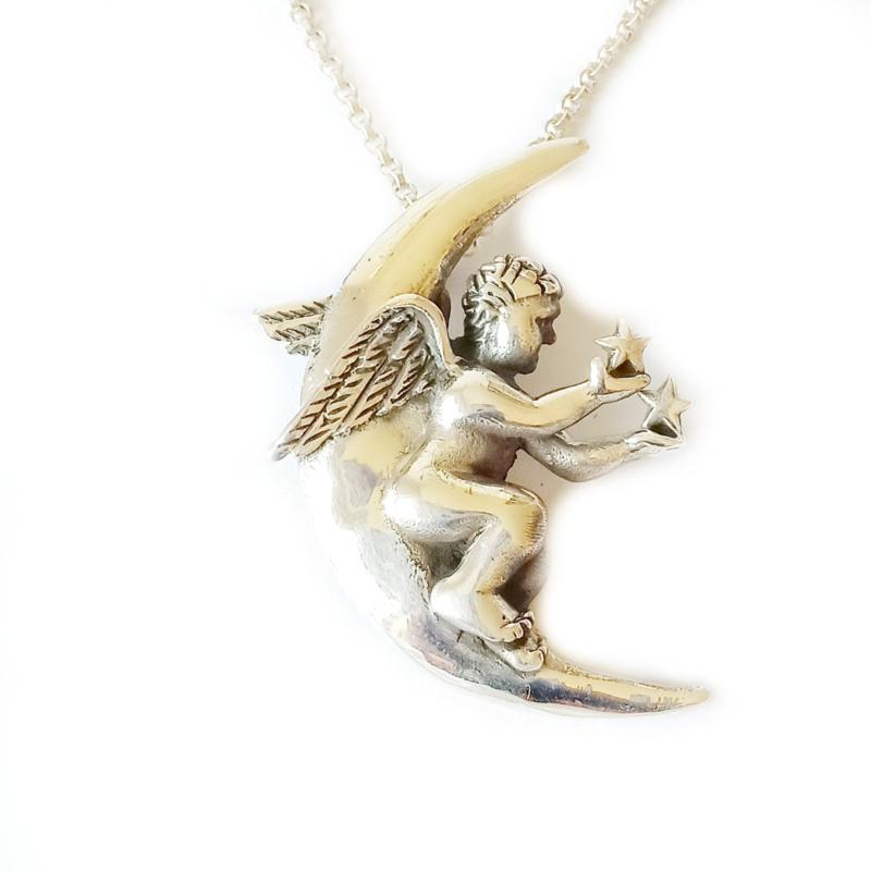 Engel op maan hanger zilver