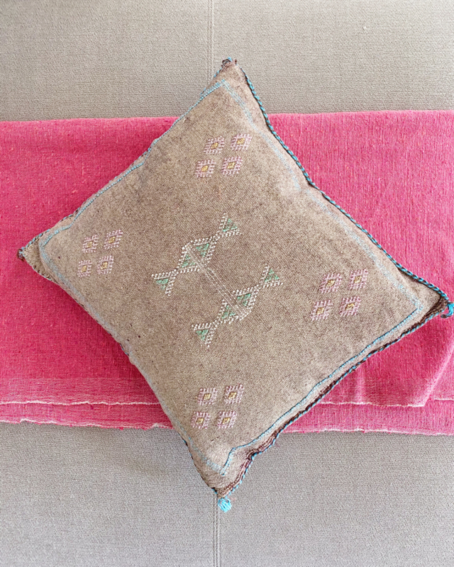 Sabra Cushion Soft Brown 45x45