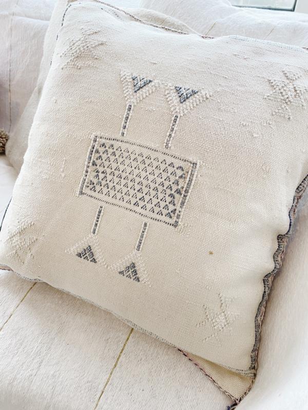 Sabra Cushion creme 45x45