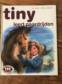 TINY leert paardrijden . 1982