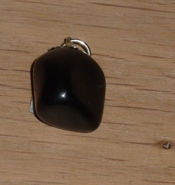 Obsidiaan hanger