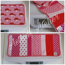 Weegschaal-dekje roze