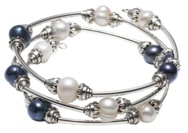 Zoetwater parel armband Three Loops White & Dark Blue Pearl