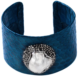Zoetwater parel armband Bright One Big Pearl Blue Leather