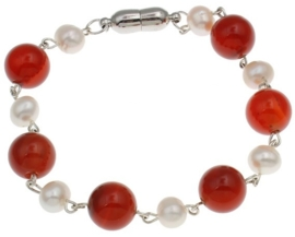 Zoetwaterparel met edelsteen armband Pearl Red Agate Ball