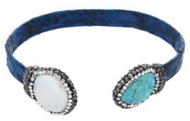 Zoetwater parel en edelstenen armband Bright Pearl Turquoise Blue Leather Small