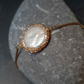 Zoetwater parel armband Bright Golden Pearl