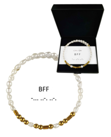 Cadeau set zoetwater parel armband Morse Code BFF Pearl Gold