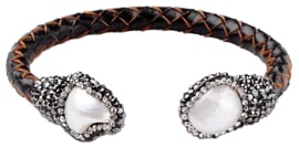 Zoetwater parel armband Bright Pearl Brown Leather Bangle