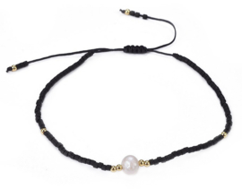 Zoetwater parel armband Mini Pearl One Black Color