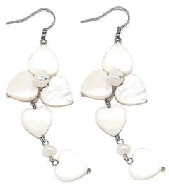Zoetwater parel oorbellen met parelmoer Pearl Flower Heart